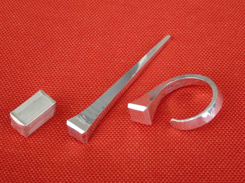 Fingerring Hufnagel aus Feinsilber 999 - geschmiedet